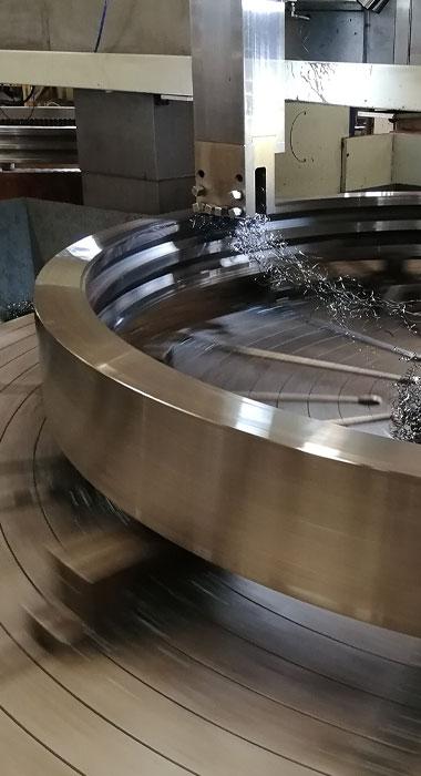 Slewing-bearing-machining.jpg